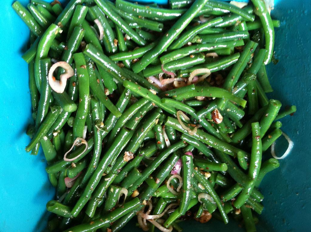 Sautéed Green Beans with Shallots and Bacon